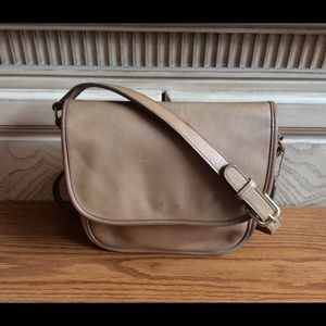 Vintage Coach Tailored Pouch—Light Tan leather